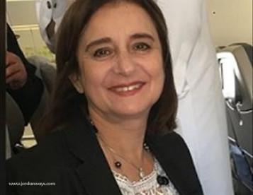 سناء مصطفى الكاظمي معالجة نفسية بالعلاج الضوئي